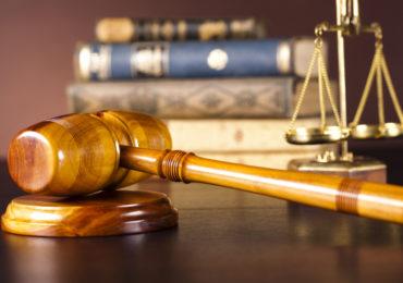 Luật sư chuyên giám đốc thẩm, tái thẩm