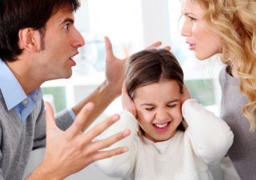 Quyền thay đổi người trực tiếp nuôi con?